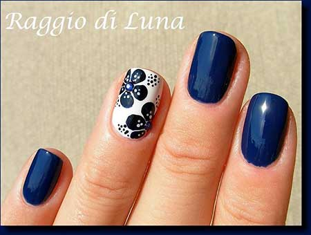 Nails 2017, Nail Art 2017 , Luna Nails 2017, Raggio Di, Di Luna - Dark Blue Nail Art Designs 2017