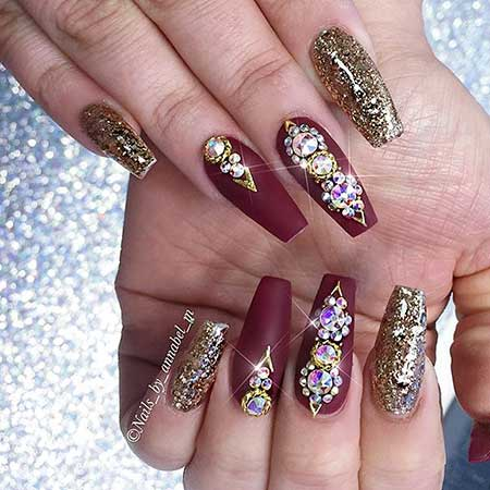 10- Burgundy And Gold Nails. Nail Design ... - 28 Burgundy Nails With Gold Design