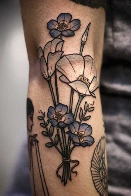 10 vintage style flower tattoos for ladies for Vintage floral tattoo