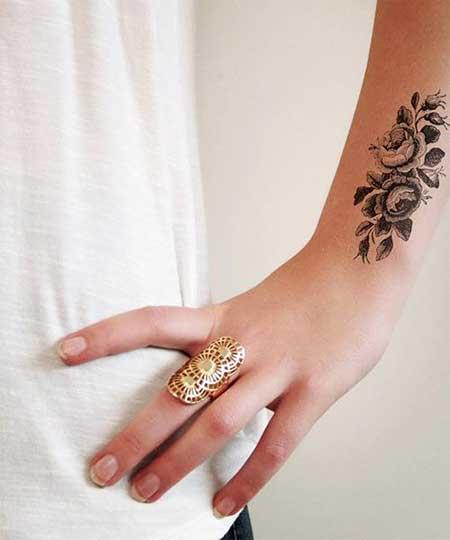 10 Vintage Style Flower Tattoos for Ladies  10 Vintage Styl...