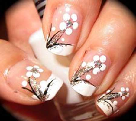 13 Black And White Nail Design