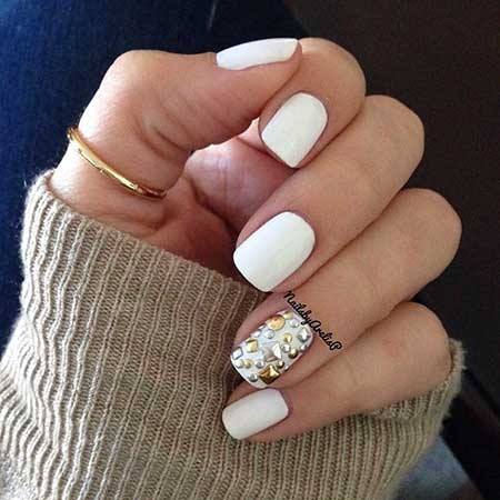 5 White Ring Finger Nail Art 2017041198 Styles 2018
