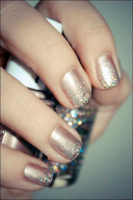 Nails 2017, Wedding Nails 2017, Nail Design, Glitter Nail, Glitter, Nail Art 2017, Nail Idea, Accent Nail, Gold Nail, Sparkle