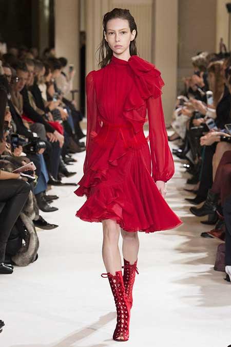 High Fashion Dresses Runway - 16