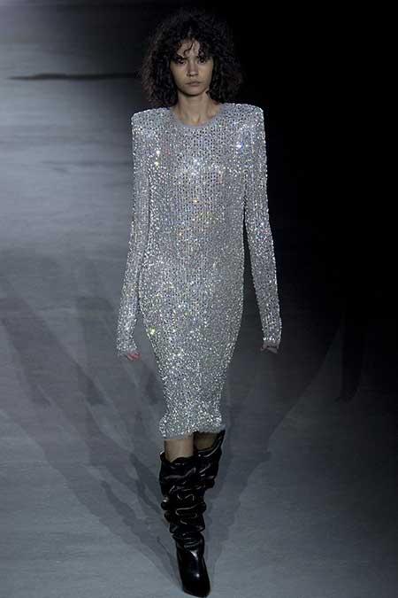 High Fashion Dresses Runway - 18