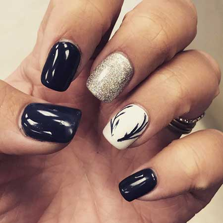 Nail Design, Nail Art 2017, Burberry, Accent Nail, Nail Idea, Black Nail, Art