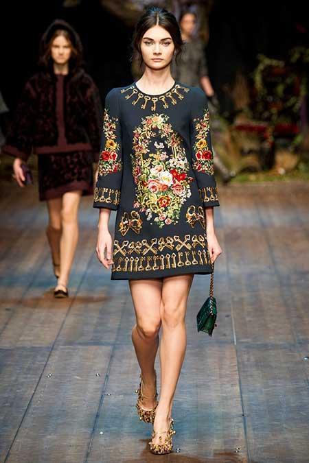 High Fashion Dresses Runway - 30