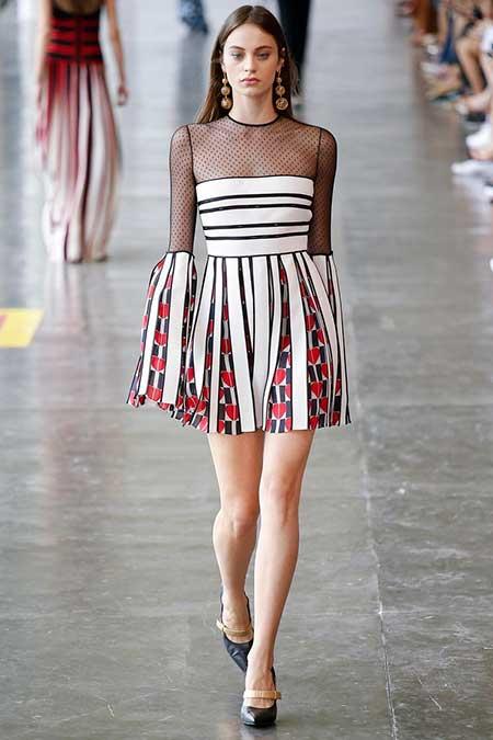 High Fashion Dresses Runway - 31