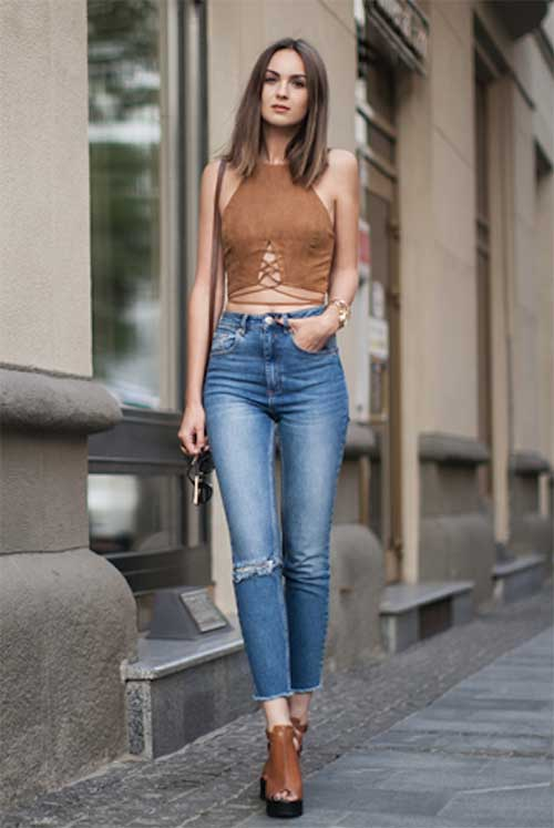Halter Top Women Outfit Ideas-14
