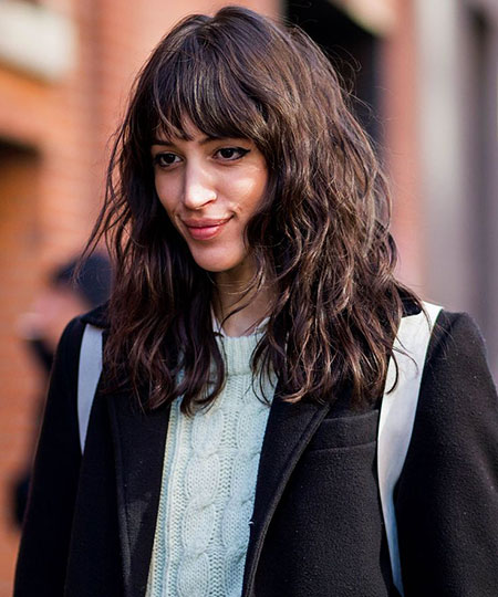 25 Bangs For Wavy Hair
