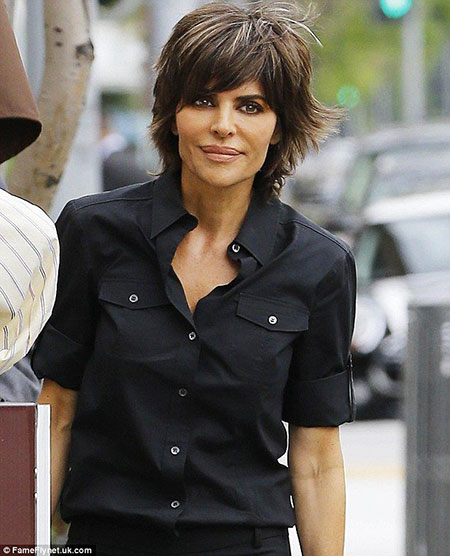 Lisa Rinna Black All