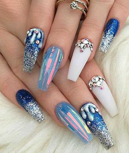 19-Unique-Acrylic-Nail-Designs-572