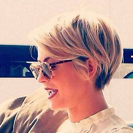 Short Pixie Hair 40