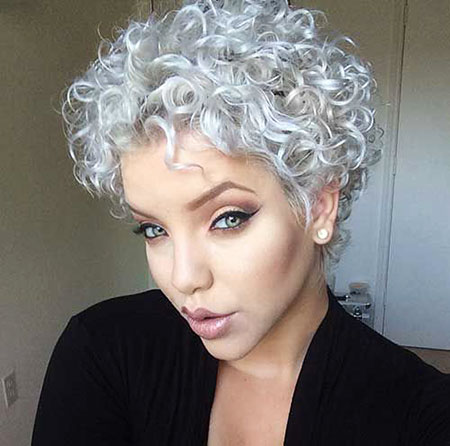 25 Best Short Curly Hairstyles