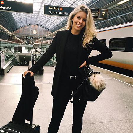 Black Blazer for Women, Black Jeans Style Kardashian