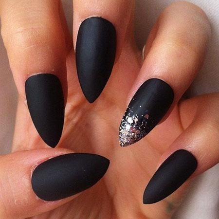 Nails Stiletto Matte Black