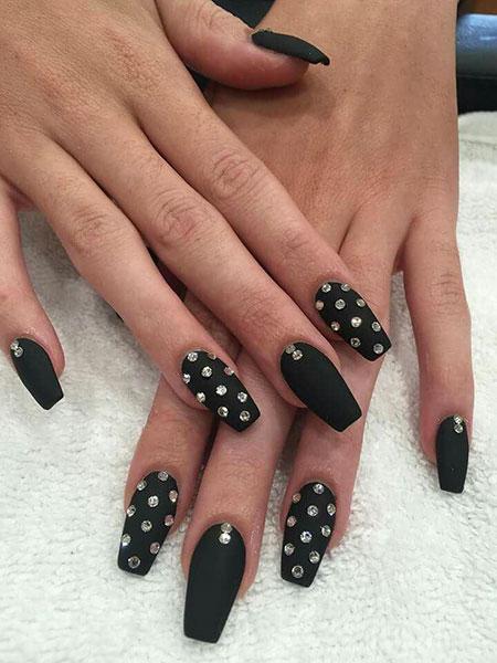 Black Nails Nail Matte