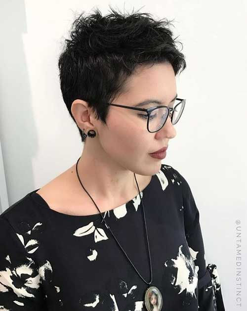 Hairstyles for Short Hair -19