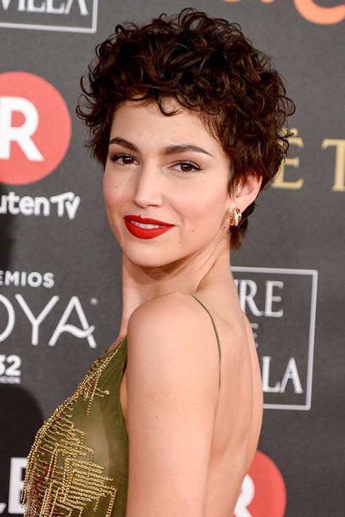 Hairstyles for Short Hair -8