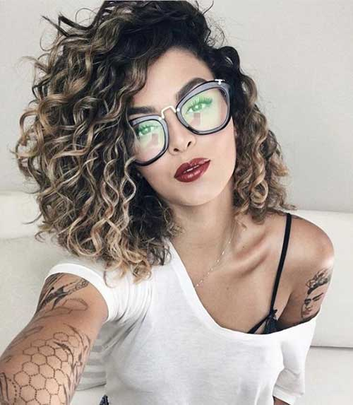 Medium Length Naturally Curly Hairstyles-15