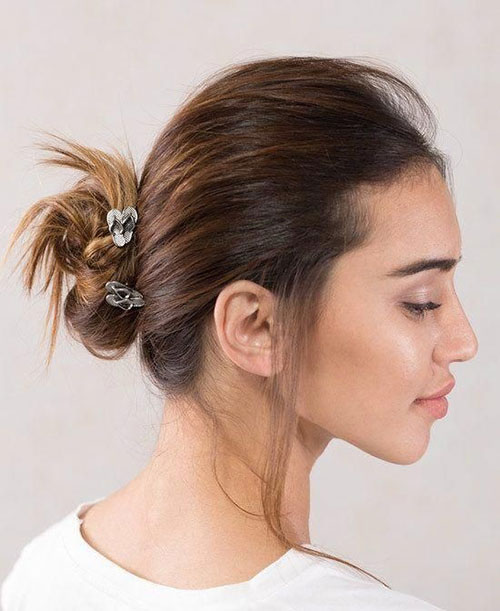 Bun Hairstyles for Summer-12