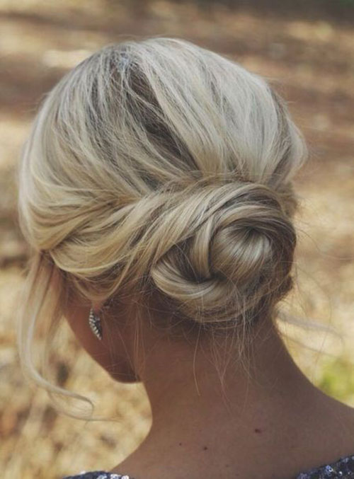 Bun Hairstyles for Summer-13
