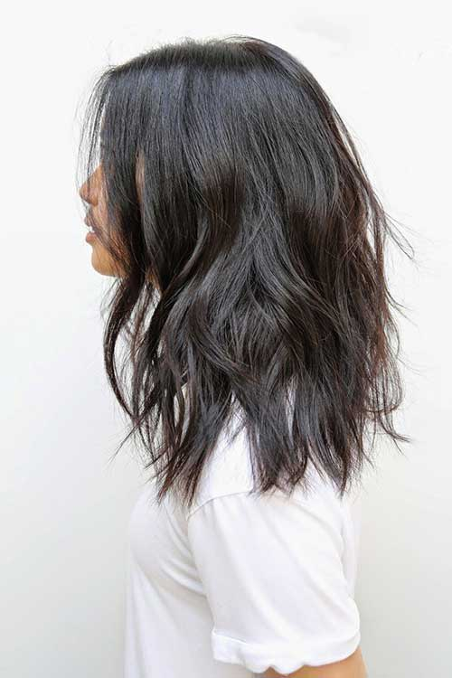 Medium Length Soft Wavy Hairstyles-10