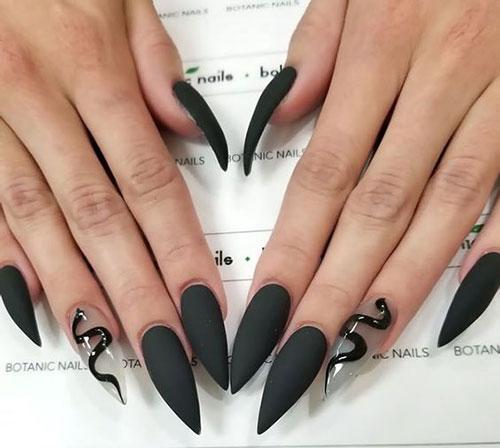 Black Stiletto Nails Designs