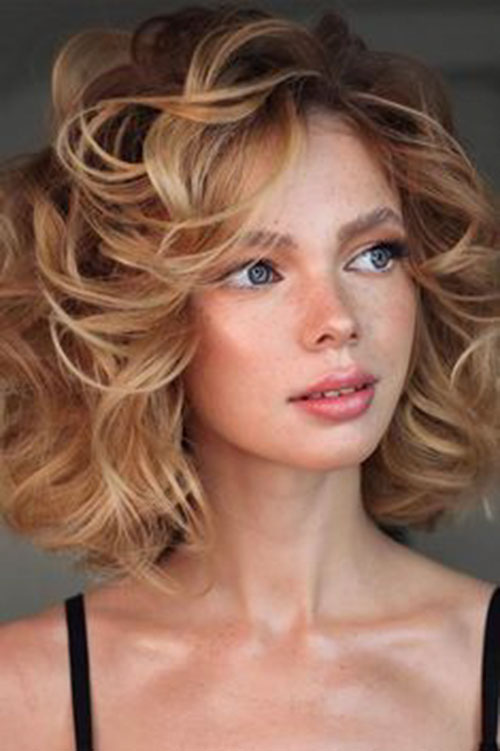 Modern Short Hair With Big Curls