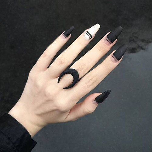 Coffin Black Matte Nails