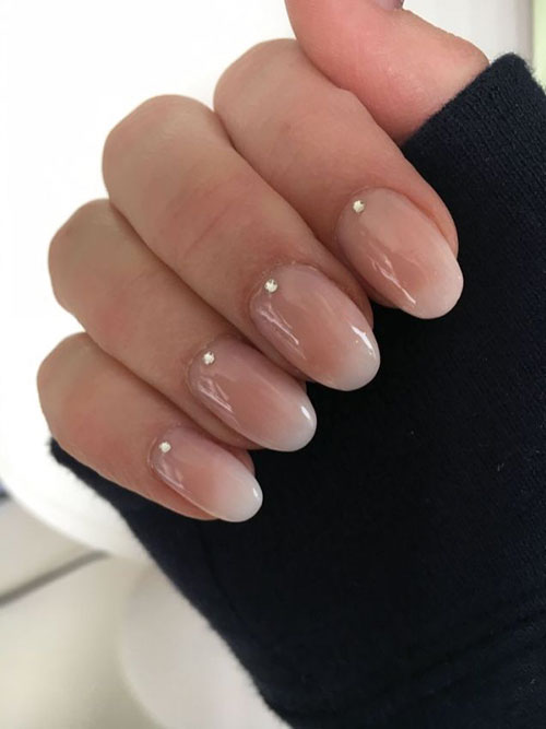 Almond Shaped False Nails