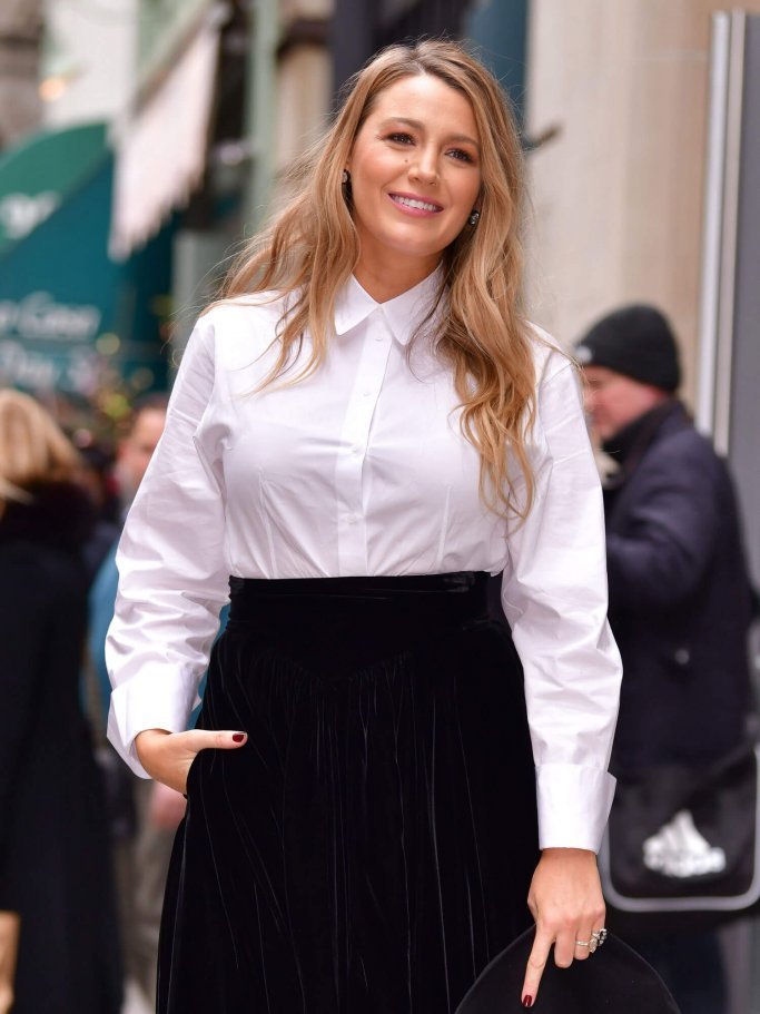 Blake Lively hit the streets of Manhattan with Beach Waves in January 2020